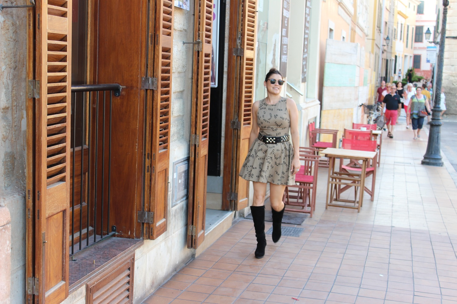 How To Wear Tall Boots With Dresses V Style