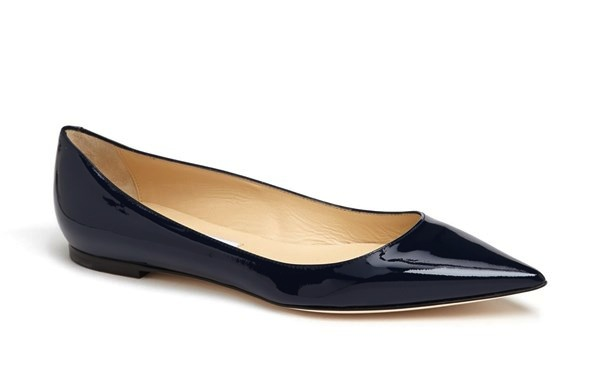 Pointy Toe Flats Come Get Some V Style