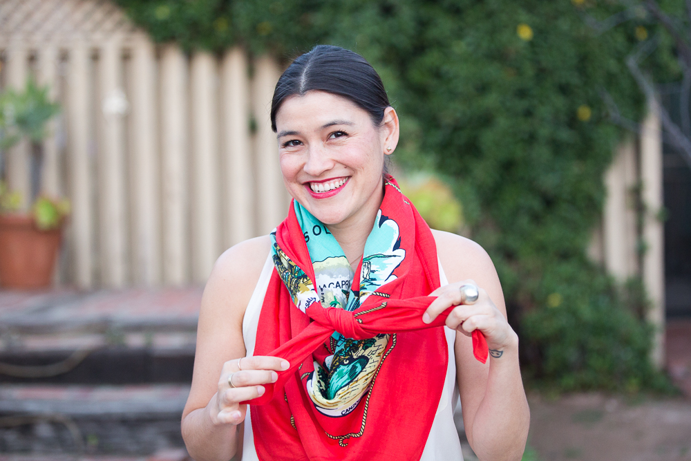 how to tie a large square scarf
