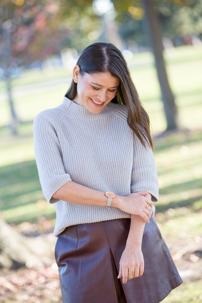 how tuck a thick sweater into a skirt