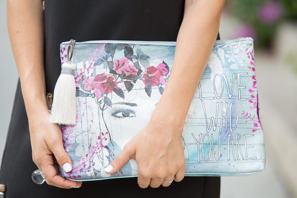 graphic purse
