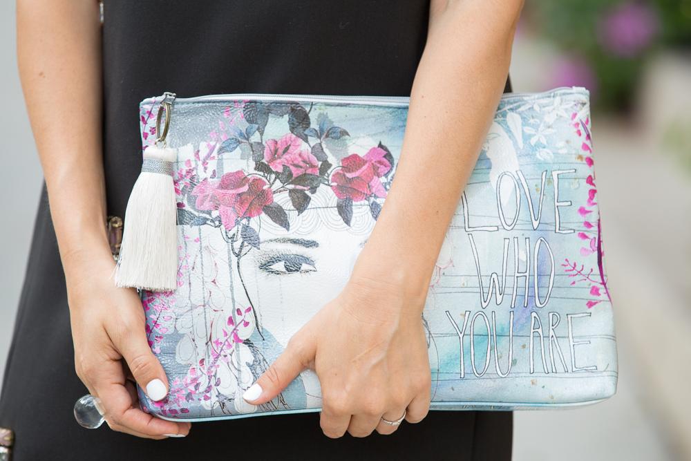 graphic purse