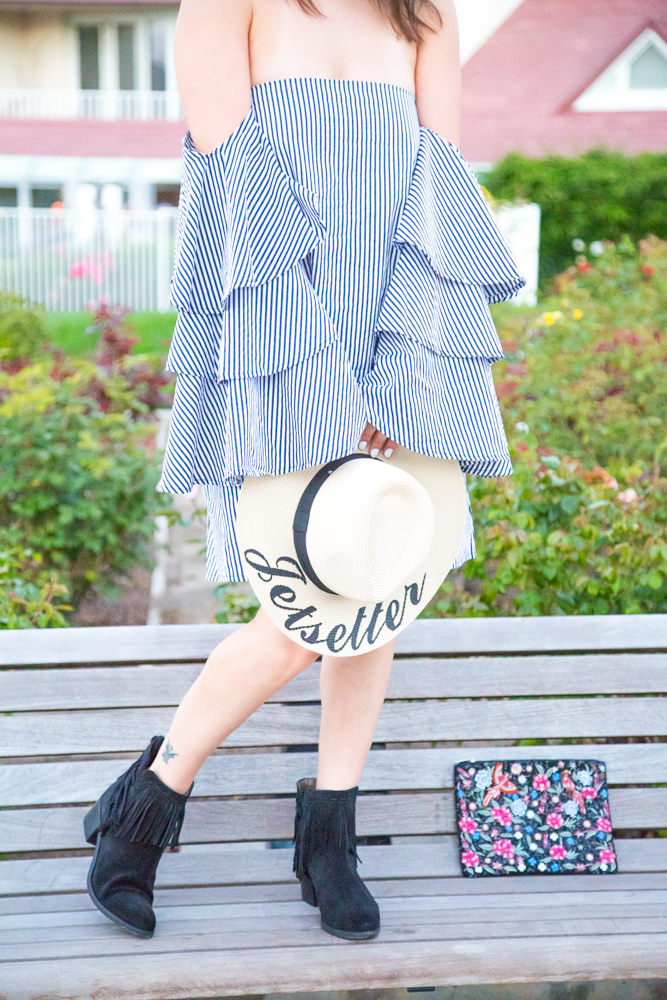 how to style a straw hat