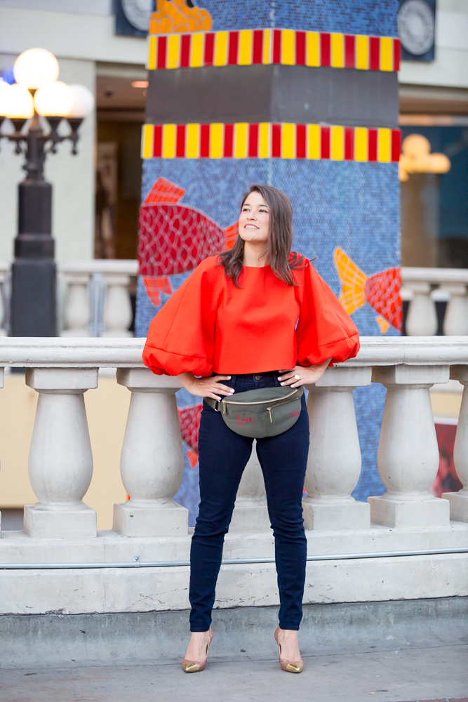 c0386d0ff62e How To Wear A Fanny Pack - Top 5 Fanny Packs - V-Style