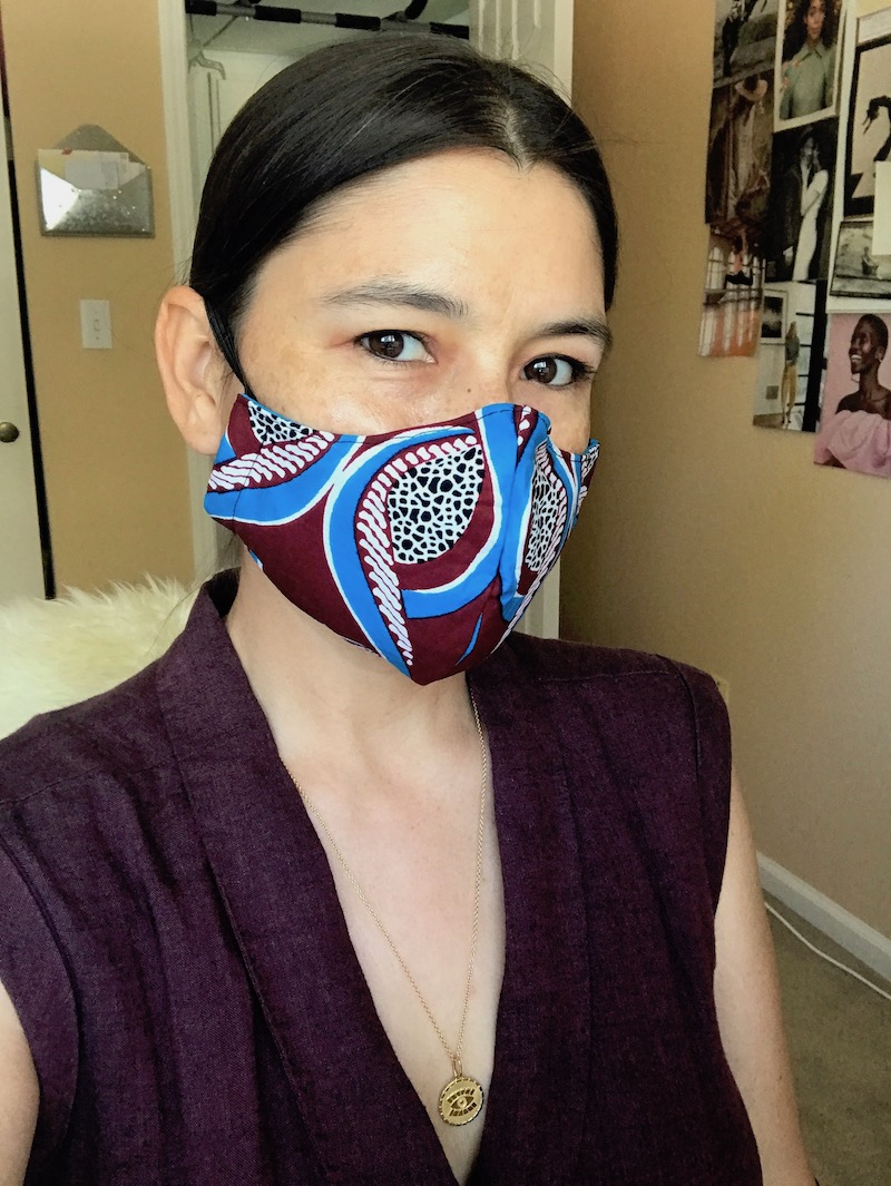 how to style a face mask